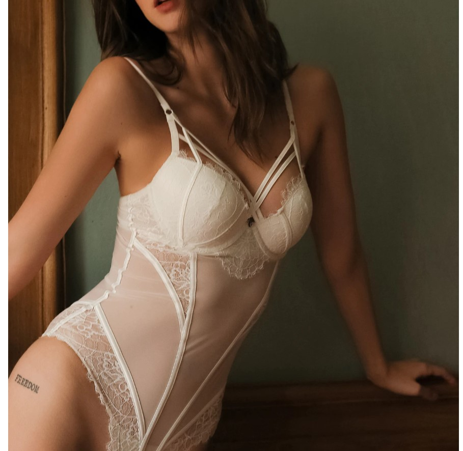 Women's Sheer Laces Push Up Bodysuit